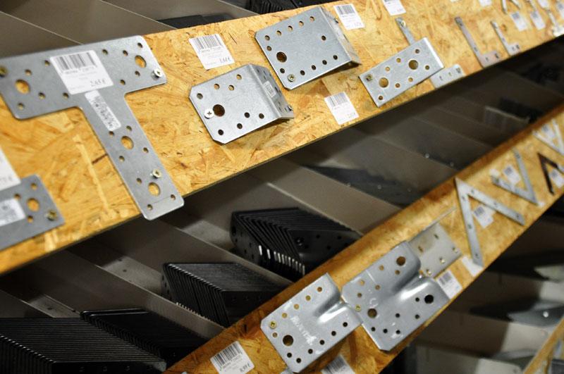 okovje za lesene konstrukcije